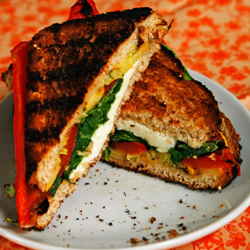 grilled-cheese-and-veggies