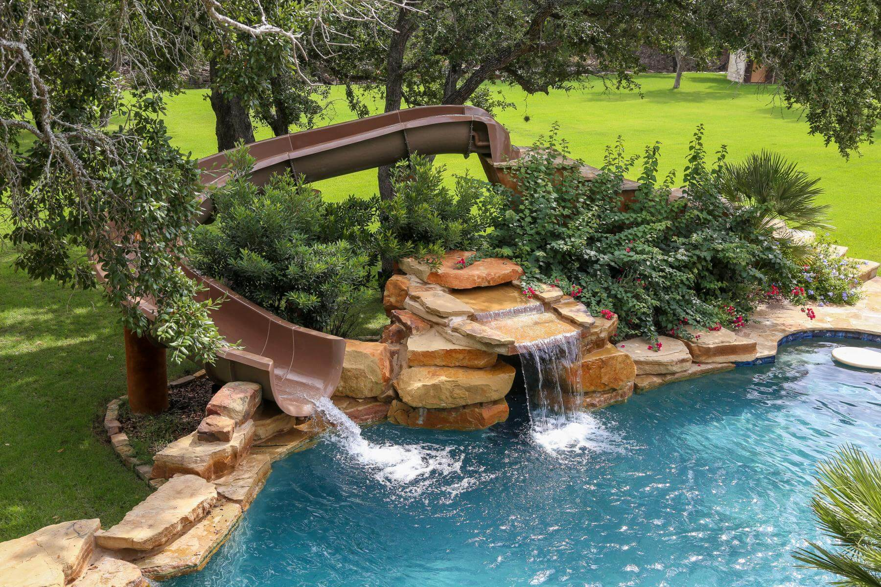 How Much Does A Custom Pool Cost? | Keith Zars Pools San Antonio
