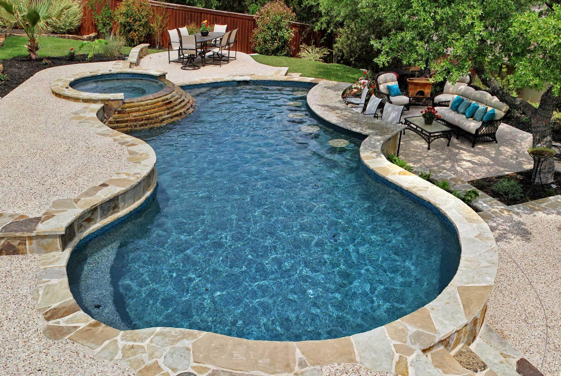 Summer 2015 pool trends and pool design ideas keith zars for Best pool design 2015
